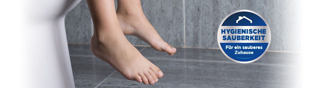 Toilette und Füße