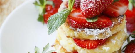 Ricotta-Pancakes mit Erdbeeren
