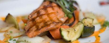 Poêlée au saumon et aux courgettes