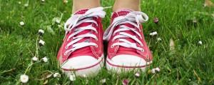 Stoff- und Synthetik-Schuhe richtig pflegen