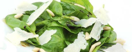 Spinat-Salat mit Parmesan