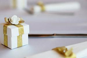 Tischdeko zur Hochzeit Geschenkbox für Gäste