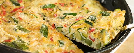 Tortilla de légumes accompagnée de séré aux herbes