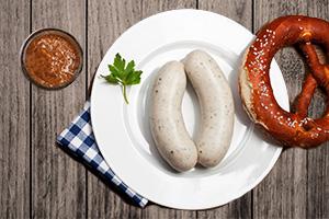 Oktoberfest - Weißwurst, Brezel und süßer Senf