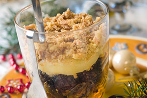 Schicht-Dessert mit übriggebliebenen Weihnachtsplätzchen