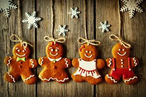 Weihnachten: Geschenk-Anhänger aus Lebkuchenmännchen