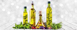 Cadeau de Noël maison: les huiles aromatisées