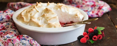 Waldbeeren mit Meringue-Topping