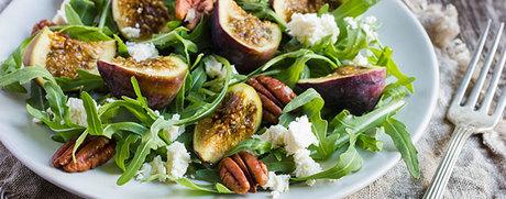Rucola-Salat mit Mozzarella und Feigen