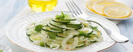 Gurken-Fenchel-Salat mit Pfefferminze