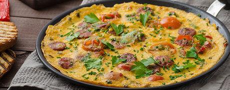 Chorizo-Omelette mit Tomaten