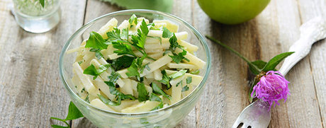 Salade de chou-rave et de pomme, dressing au yogourt