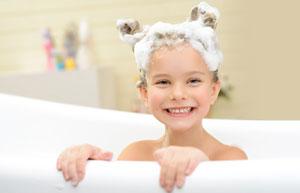 Badezimmer putzen – so wird's blitzblank
