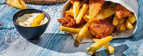 Selbstgemachte Fish & Chips mit Sauce Tartare