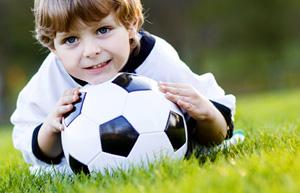 Fussball-Flecken entfernen